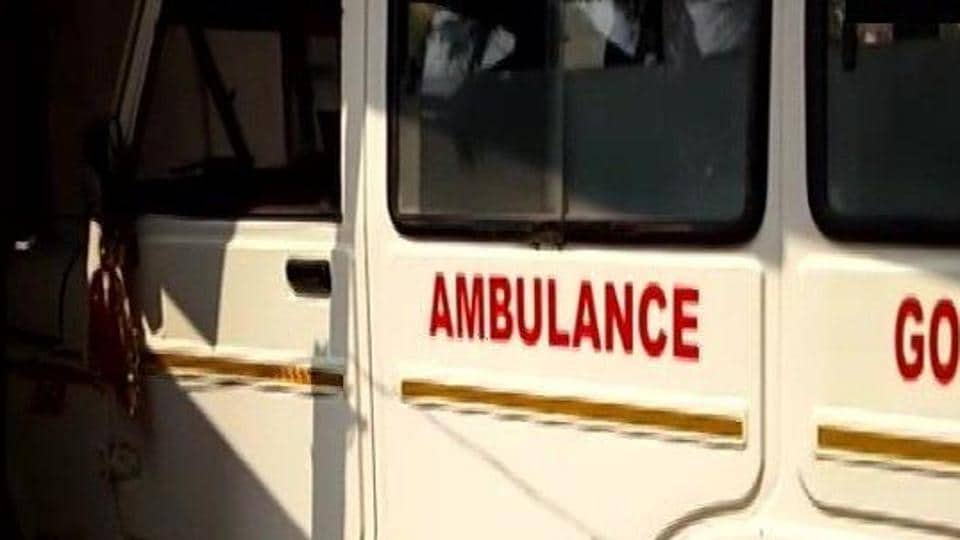 These ambulances have been named '108 Ambulances' based on the emergency helpline number 108. Currently, 512 of these '108 Ambulances' and 19 fire station ambulances are providing emergency services during the 'golden hour'.