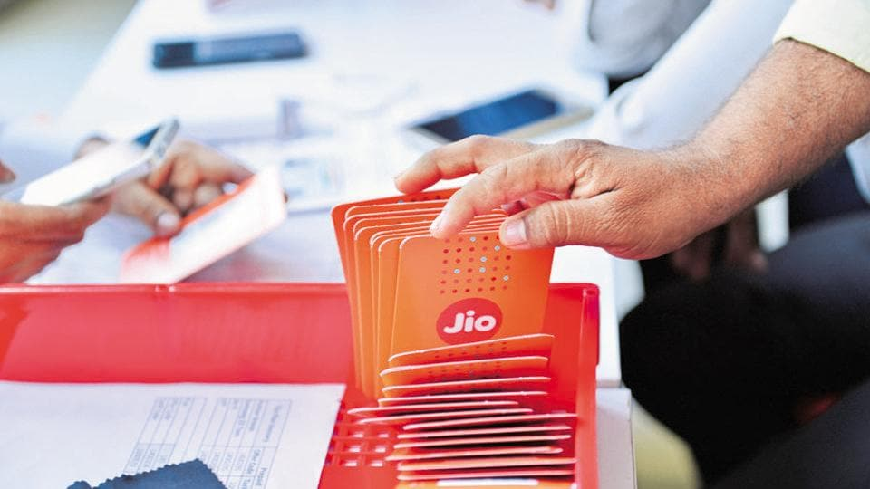 In its move to charge customers for the first time since its launch, Jio has put the enitre blame on incumbents and the TRAI.