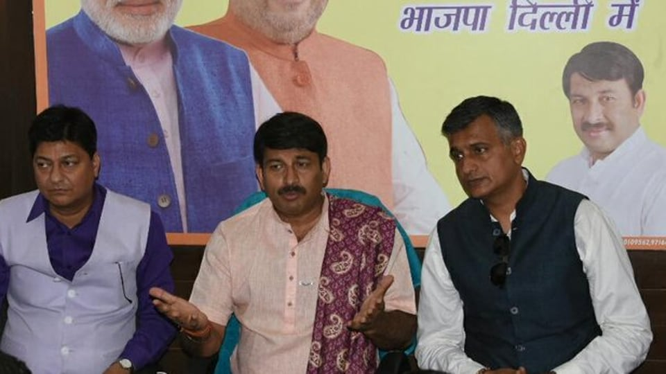 Manoj Tiwari also questioned Delhi Chief Minister Arvind Kejriwal about his medical treatment expenditure and asked him the reason for not availing treatment at a mohalla clinic. ( Photo @BJP4Delhi)