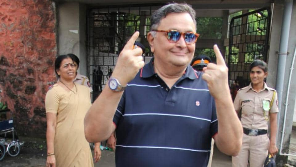 A happy Rishi Kapoor after casting his vote.
