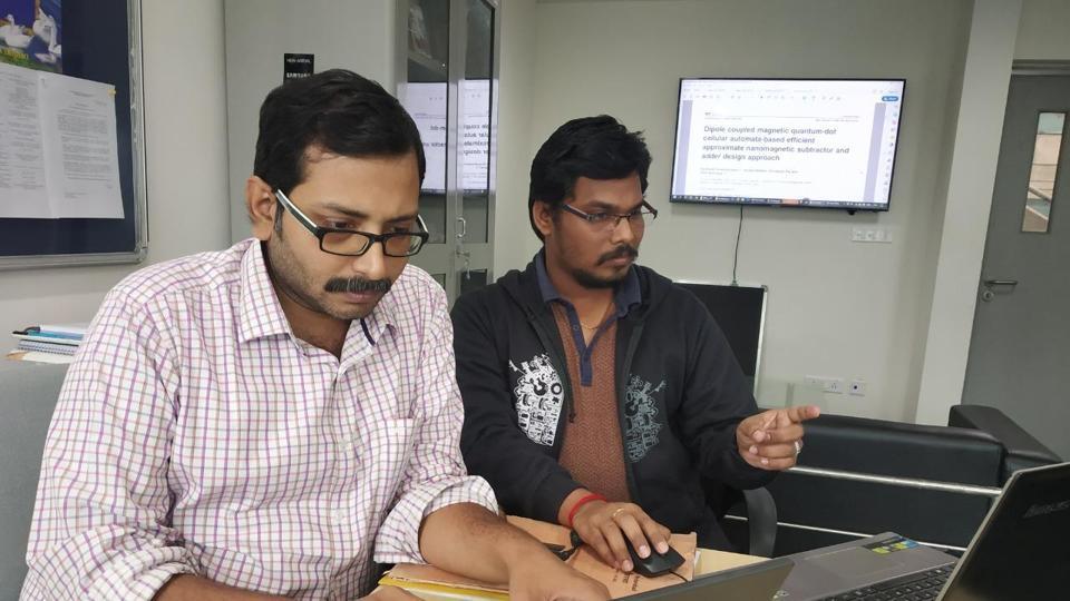 Dr Amit Acharyya (L), Associate Professor, IIT Hyderabad and Santhosh Sivasubramani (R), PhD Scholar, IIT Hyderabad.