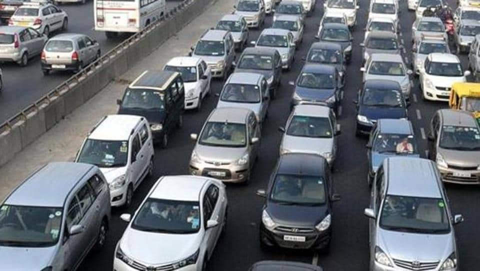 The road transport and highways ministry pulled up automobile manufacturers for not following mandatory protocols of providing high security registration plates details.