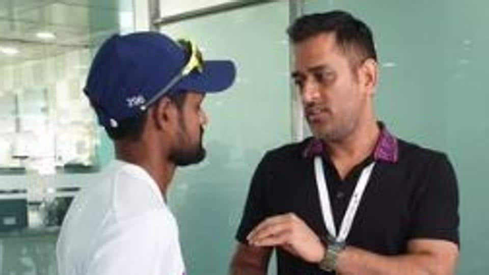 MS Dhoni speaks with Shahbaz Nadeem after Ranchi Test.
