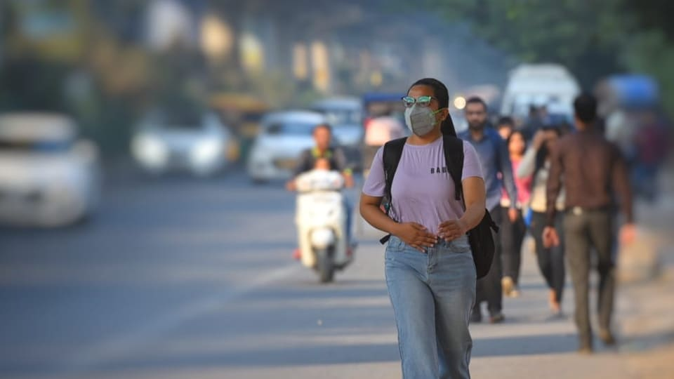 According to experts,rising vehicular traffic and poor dust management are two major contributors to air pollution in Delhi.