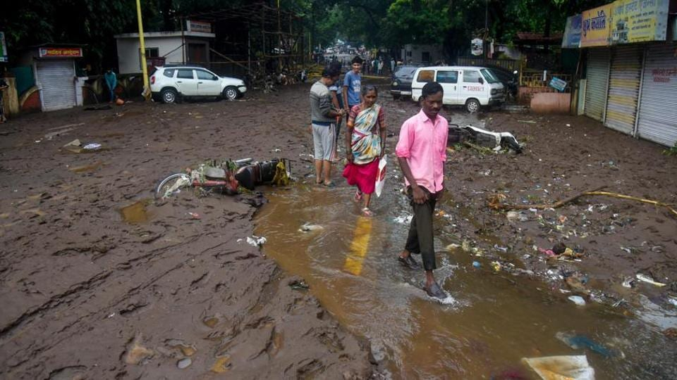 Aftermath of flash floods near Tangewale colony, Sahakarnagar in Pune. Image used for representational only.
