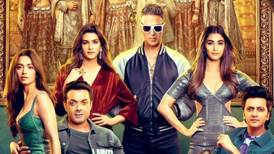 Akshay Kumar Starrer 'Housefull 4' Opens To Mixed Reactions From Audience & Critics