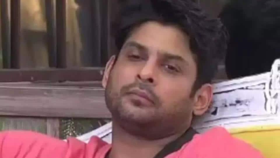 Bigg Boss 13 Twitter Divided As Sidharth Shukla Pushes
