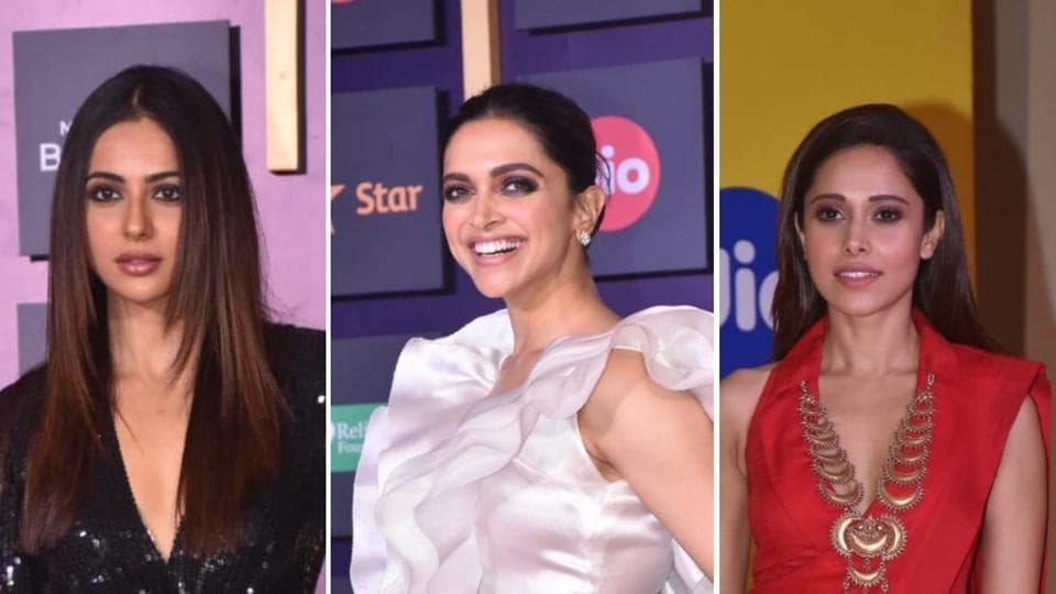 Deepika Padukone leads the Bollywood brigade at the MAMI closing ceremony.