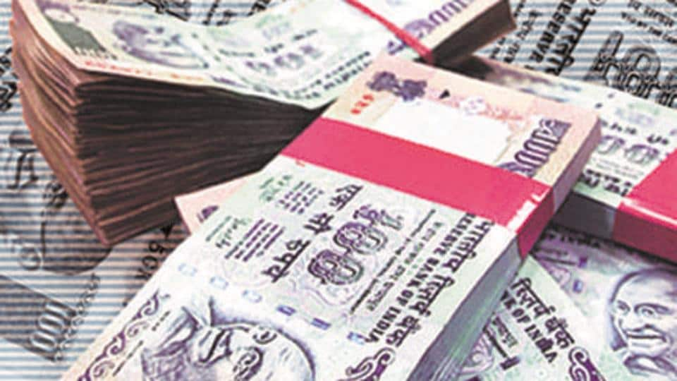 The Income Tax (I-T) Department has unearthed tax evasion of over Rs 1,000 crore also involving hawala transactions and money laundering allegedly by Delhi-based Alankit Group.