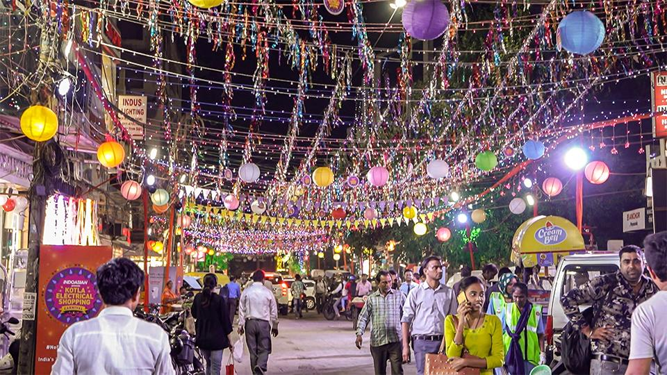 As a part of the Carnival, cleanliness drives have been arranged, shop accesses have been cleared and retailers have been given an online presence.