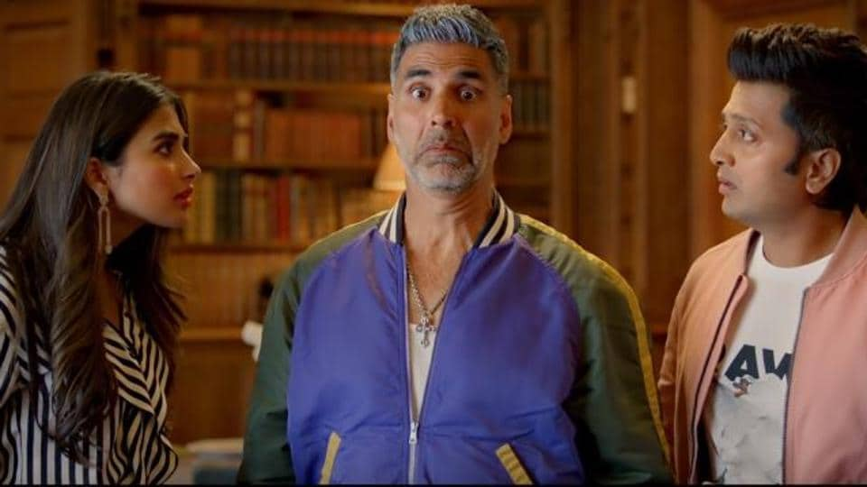 Housefull 4 movie review: Akshay Kumar leads an ensemble cast in this comedy caper.