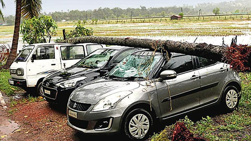 Strong winds due to Cyclone Kyarr uprooted trees in Goa on Friday, damaging vehicles.