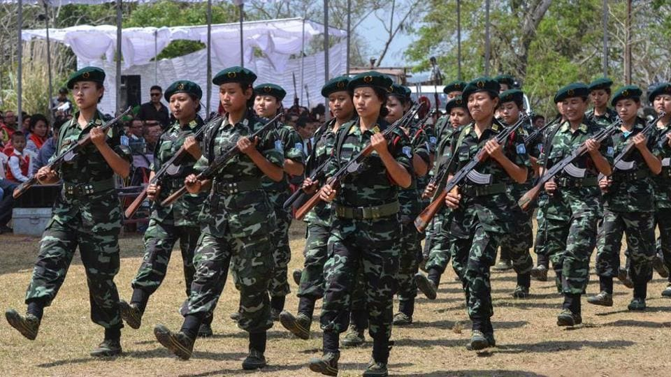 Senior leaders of the NSCN-IM joined the rival grouping on Friday in a big boost to the pro-agreement faction among the Naga rebels
