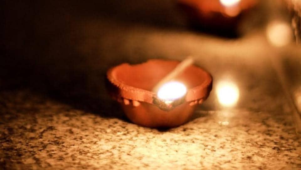 Gujarati New Year 2019: According to the Hindu calendar, it is the Gujarati Vikram Samvat 2076 which has begun.
