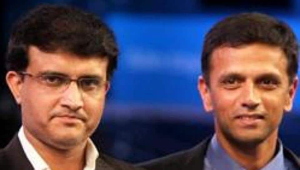A file photo of Sourav Ganguly (L)and Rahul Dravid.