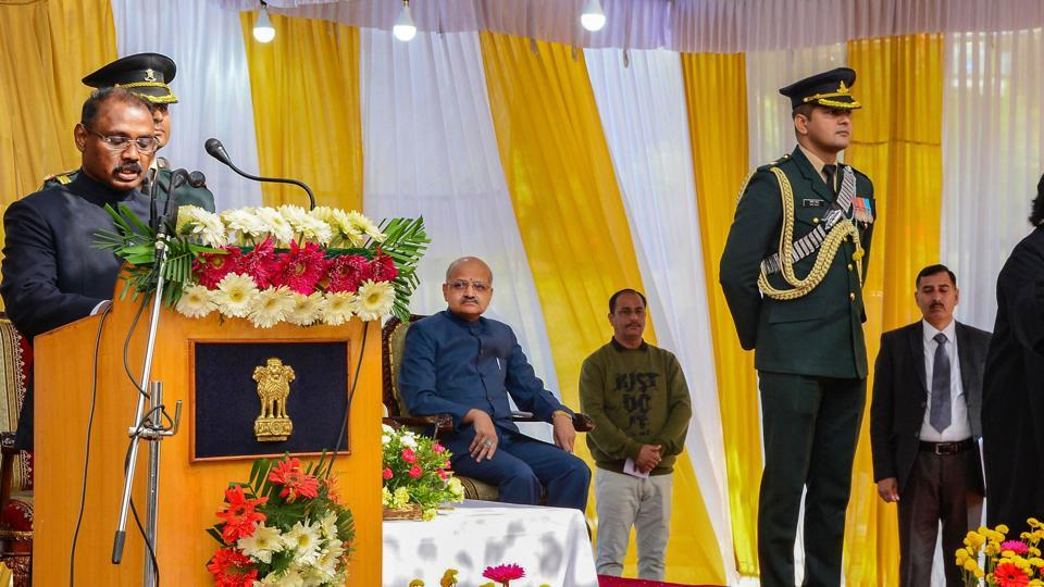 Girish Chandra Murmu being sworn-in as the 1st Lt. Governor of Jammu and Kashmir by Justice Gita Mittal, Chief Justice of Jammu and Kashmir High Court, at a ceremony in Srinagar.