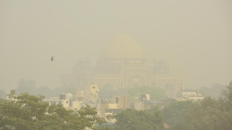 A view of Humayun's Tomb engulfed in dense smog. In four of 38 monitoring stations, the AQI readings topped out at 500 — the highest level that can be recorded. It was on November 9, 2017, when the AQI last crossed the level seen on Friday, having settled then at 486. (Amal KS / HT Photo)