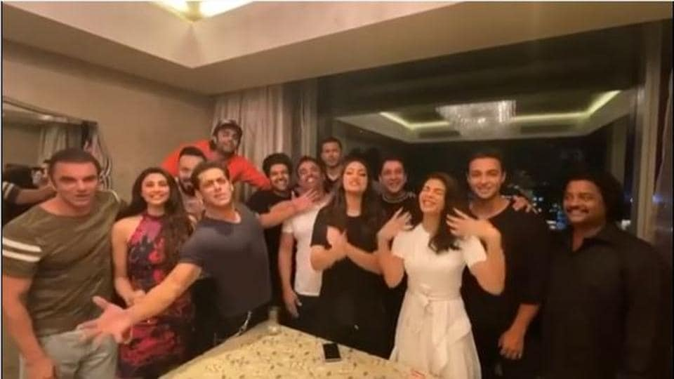 Salman Khan and his friends wished Shah Rukh Khan on his birthday with a song.