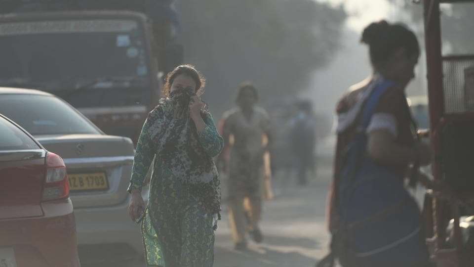 Even in places where air pollution is comparatively low in India, it exceeds national and WHO norms during seasonal peaks, leading to cumulative exposure and sustained damage to the entire population. (Representative image)