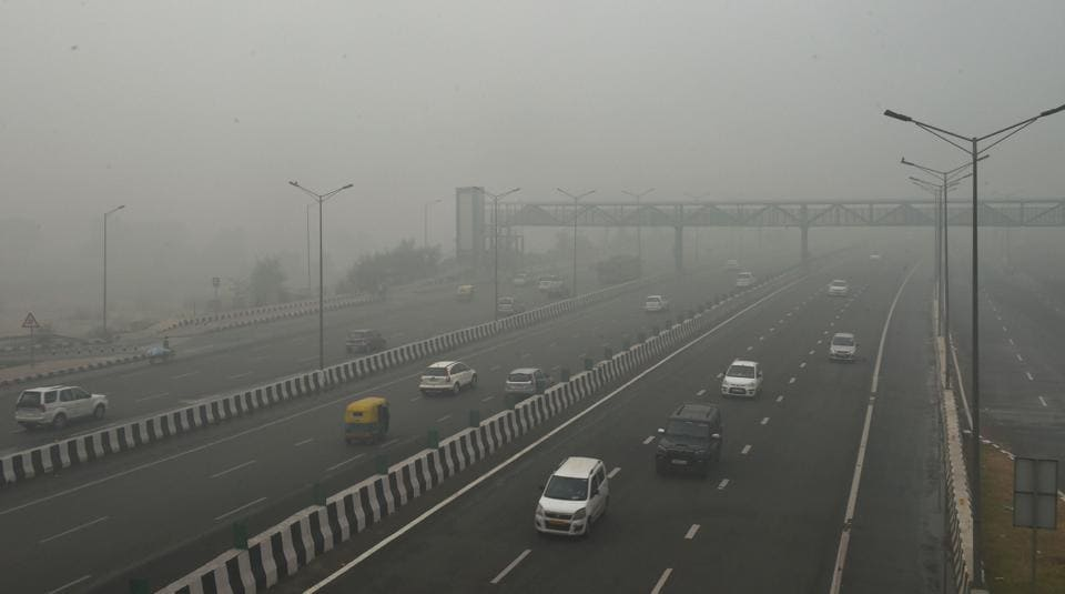 The air quality index (AQI) hit 473 in Delhi at 9 am, according to Central Pollution Control Board (CPCB) data.
