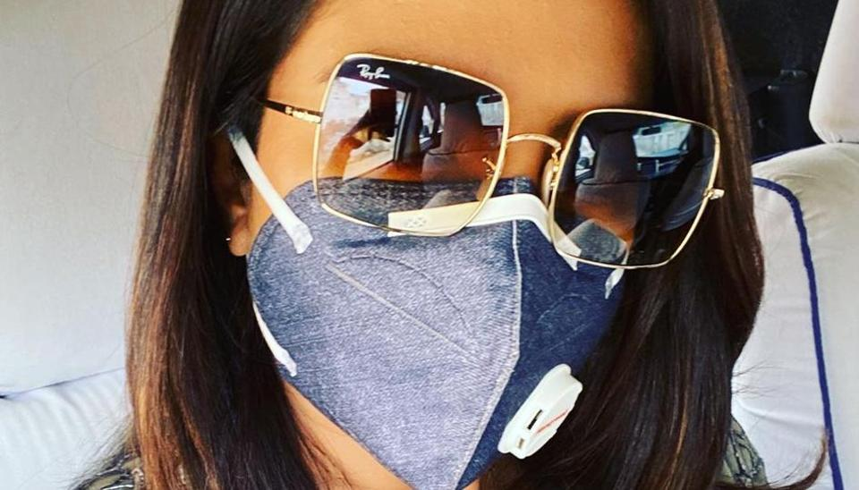 Priyanka Chopra finds it difficult to shoot in Delhi.