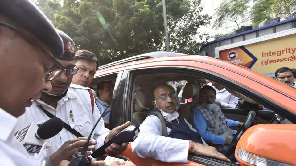 Vijay Goel was driving towards ITO from his residence on Ashoka Road  when his car was stopped by traffic policemen near Janpath and fined Rs 4,000.