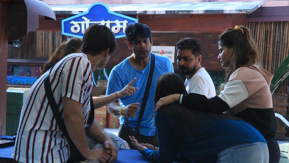Bigg Boss 13: Sidharth Shukla got violent with Mahira yet again.