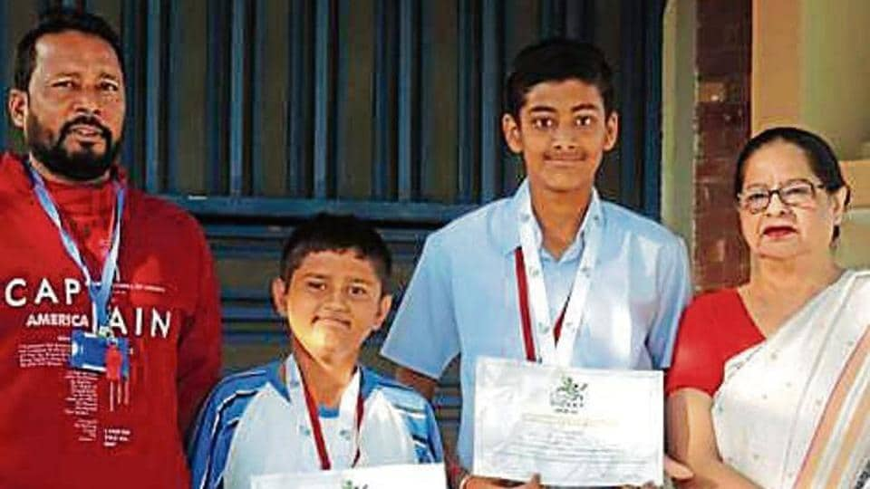Saupin's students shine in cricket championship.