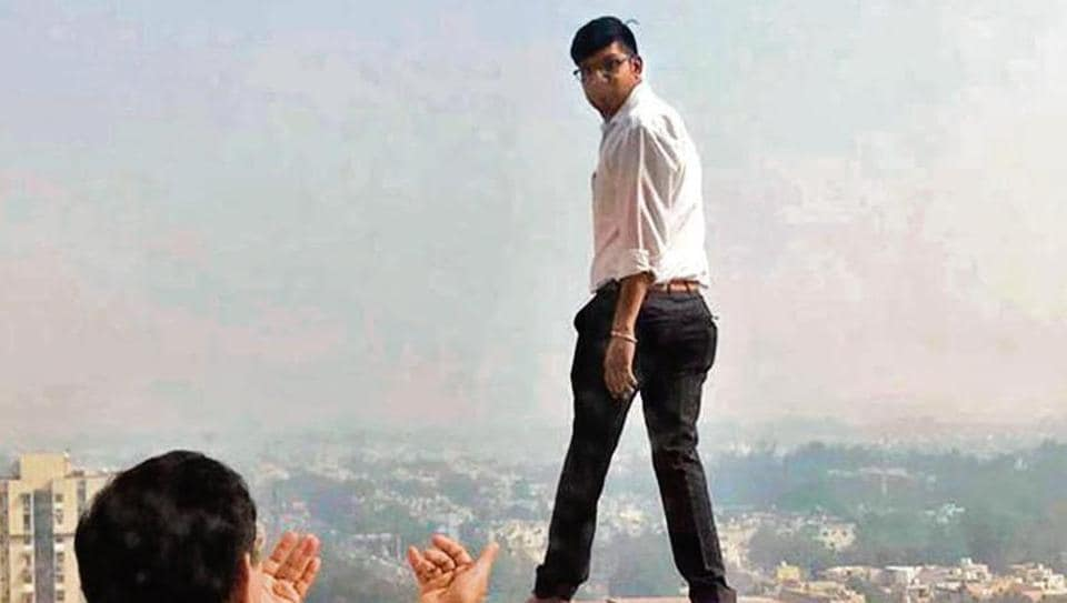 At around 10.30 am on Wednesday, a young advocate climbed up to the terrace of a 15-storey tall building. He threatened to jump to his death.