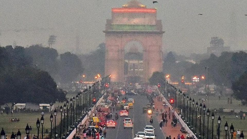 A view of India Gate and Akshardham Mandir on a clearer day on Wednesday. The buildings in the national capital remained enveloped in a thick haze for the past one week as air quality had deteriorated post-Diwali.
