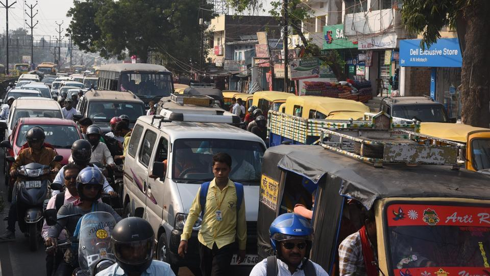 Bihar goverment has already decided to ban plying of commercial vehicles older than 15 years in Patna.