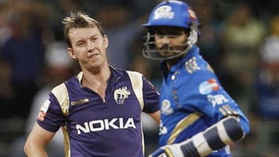 A file photo of Brett Lee (L) and Harbhajan Singh.