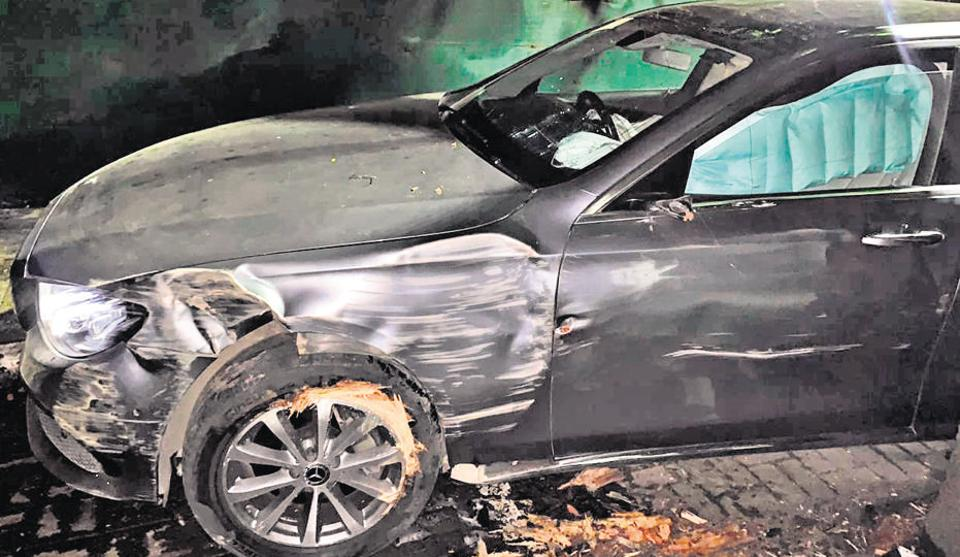 Congress member of legislative Assembly (MLA) Vishwajeet Kadam sustained minor injuries after his car (a Mercedes) met with an accident on Wednesday night in Pune.