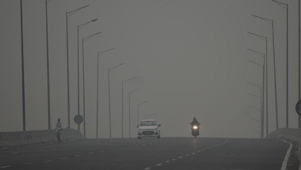 Smog over Delhi-Gurugram expressway,  Gurugram,, on Thursday, November 07, 2019.