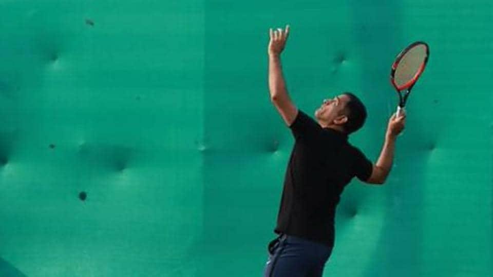 MSDhoni playing tennis in Ranchi.