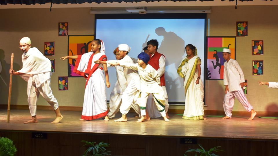 Students paid tribute to Mahatma Gandhi through a dance.
