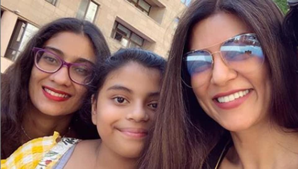 Sushmita Sen with daughters Renee and Alisah.