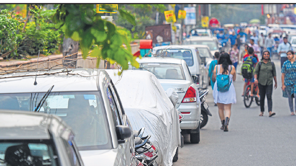 Cars parked in a residential colony in C block in lajpat nagar-2.
