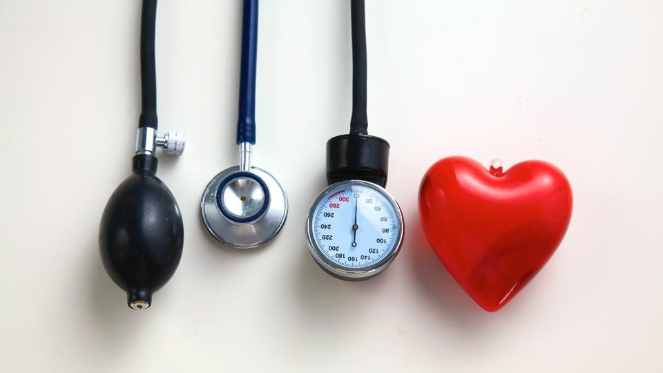 """During an average of seven years of follow-up, researchers found that women who had experienced premature menopause were significantly more likely to develop conventional heart disease risk factors, such as high blood pressure, high levels of """"bad"""" cholesterol and Type 2 diabetes."""
