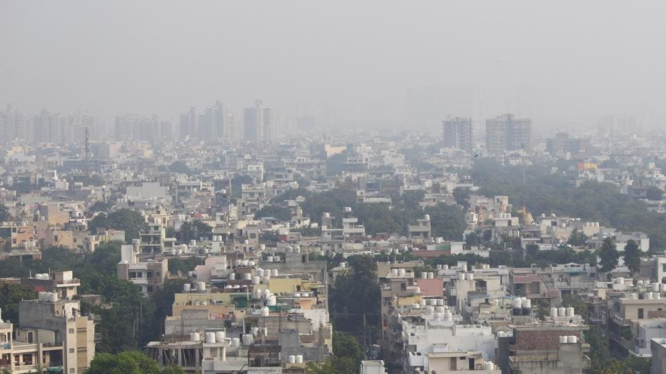 """Skyline in Gurugram on Sunday. The air quality in the National Capital Region deteriorated on Monday, straying deeper into the """"very poor"""" category."""