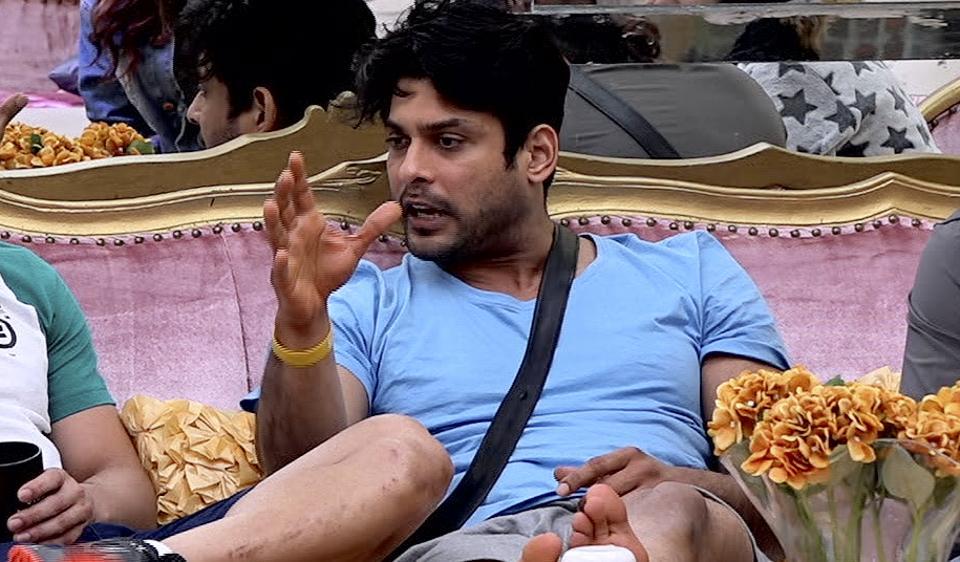 Bigg Boss 13 Devoleena Bhattacharjee Abuses Sidharth Shukla