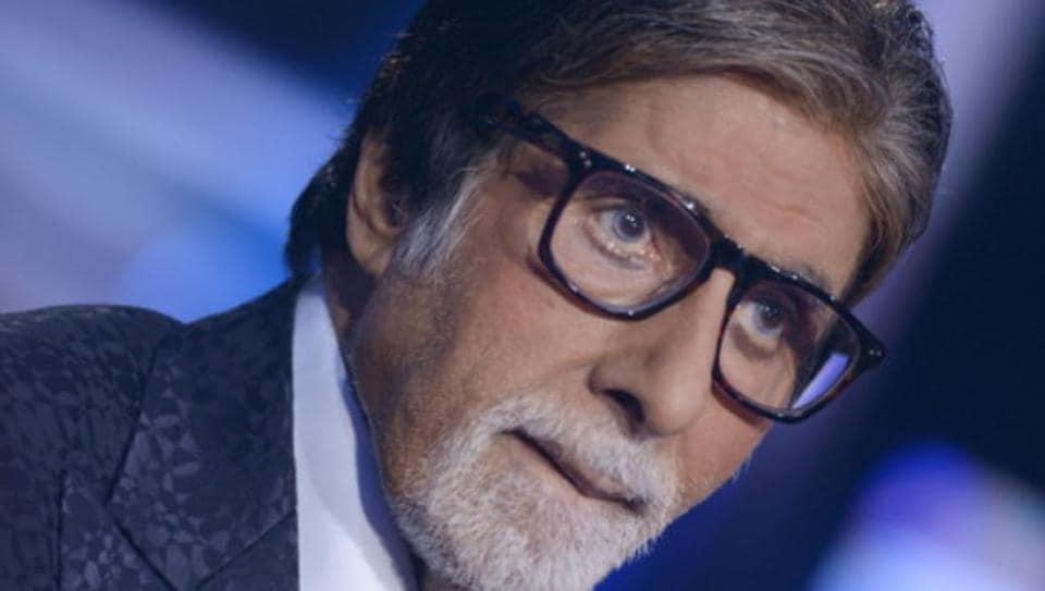 Amitabh Bachchan on the sets of Kaun Banega Crorepati.
