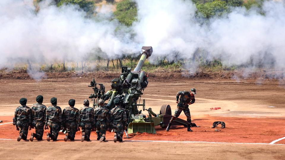 M777 Howitzer gun fires in the air at the formal induction of the major artillery gun systems including the K-9 Vajra, a self-propelled artillery gun and Composite Gun Towing Vehicle during a ceremony at Deolali artillery centre, in Nashik district on November 09, 2018.