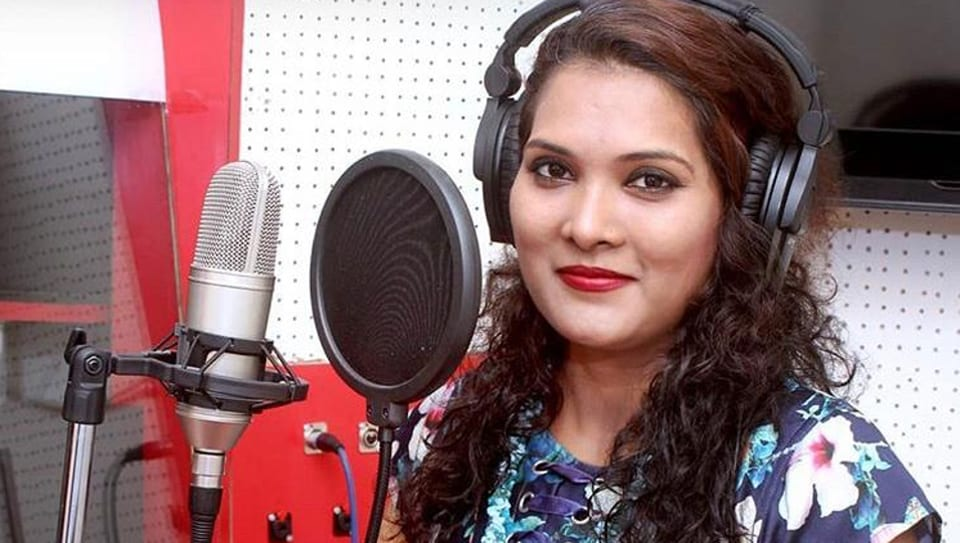 Geeta Mali had sung songs for a few Marathi films and also cut her own music albums.