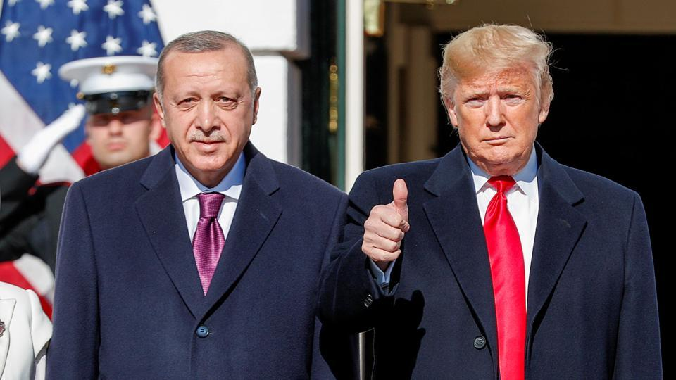 U.S. President Donald Trump welcomes Turkey's President Tayyip Erdogan at the White House in Washington. In a meeting at the White House on Wednesday, U.S. President Donald Trump urged Erdogan to abandon the S-400 systems that began arriving in Turkey in July despite threats of sanctions from Washington. (Tom Brenner / REUTERS)