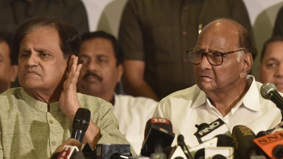 Congress leader Ahmed Patel and NCP leader Sharad Pawar address the media during a joint press conference, at YB Chavan Center, in Mumbai. Maharashtra has been under President's Rule since Tuesday after October's election delivered a fractured mandate and power-sharing talks between the BJP and the Sena broke down. Snubbed by its long-time ally, Sena approached the opposition - the Congress and the NCP - to propose an alliance to keep the BJP from power. (Kunal Patil/ HT Photo)