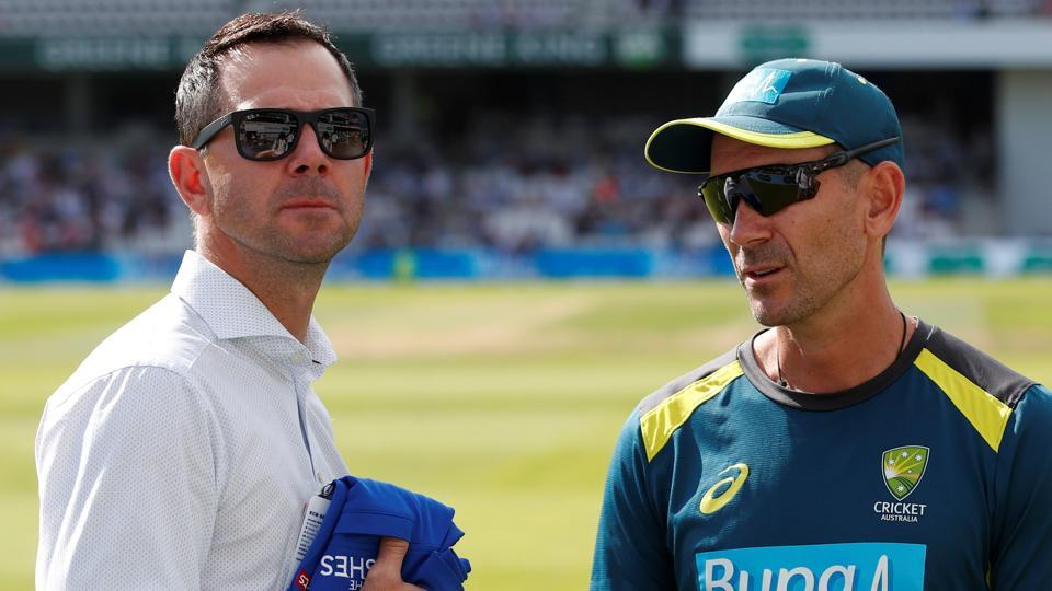 File image of former Australia captain Ricky Ponting and current head coach Justin Langer.