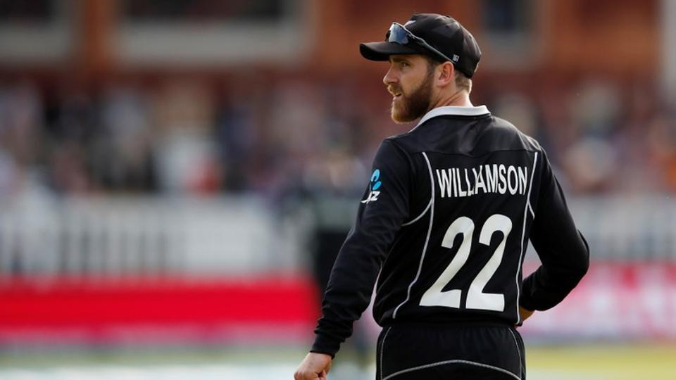 Wagner helps New Zealand bowl England out for 353 in first Test