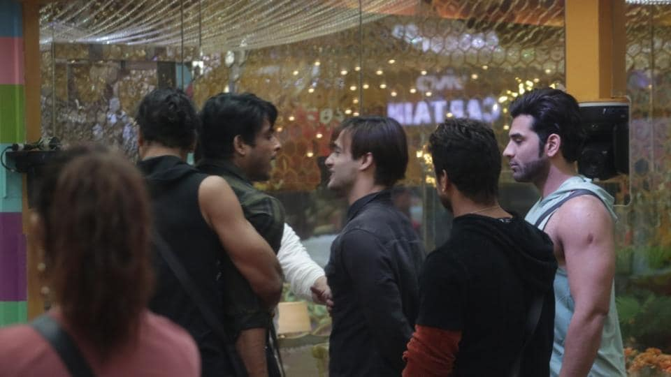 Bigg Boss 13 day 51 written update episode 51 November 20:  While Sidharth Shukla and Asim Riaz have been fighting for a few days now, Paras Chhabra and Mahira's bias for Sidharth was a surprise.