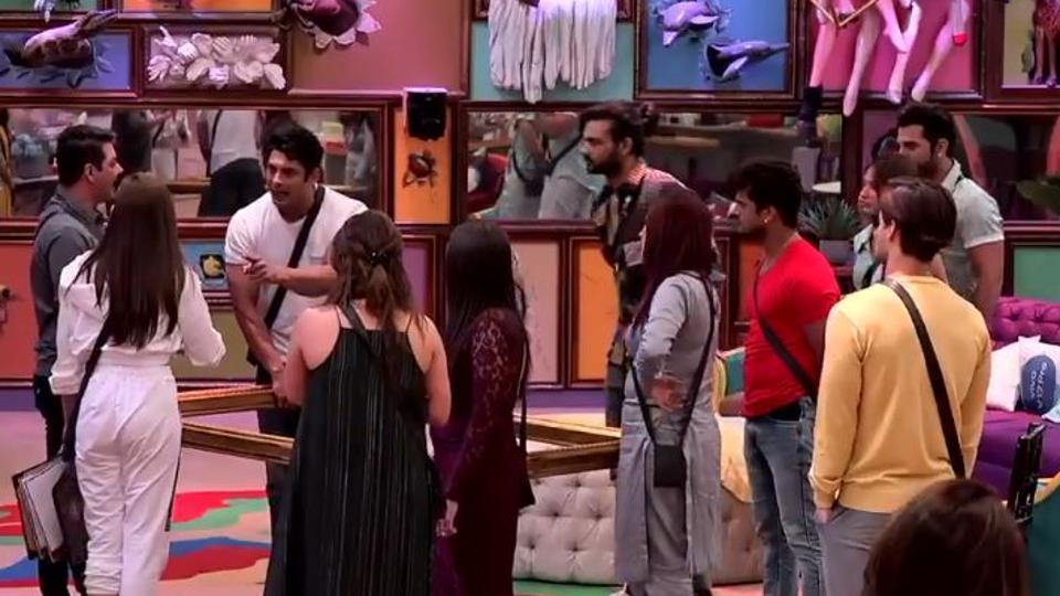 Bigg Boss 13: Sidharth Shukla arguing with Shefali Jariwala during the captaincy task.